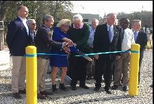 421-Ribbon-Cutting